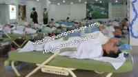 Các Cụ nằm thử giường massage hãng nào đòi mua hãng đó